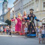 Történelem, hagyomány és újdonságok